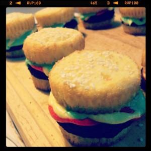 hamburgercupcakes